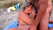 Красивое порно молодых с телочкой в чулках